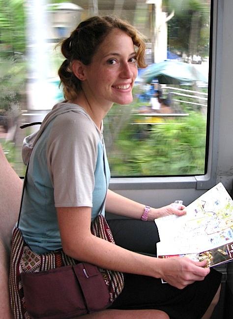 Hobo Nora full-time travel